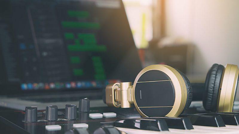 Best 61 Key MIDI Controller Reviews