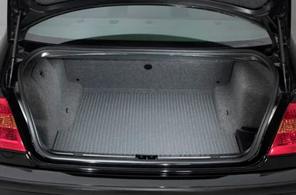 Make sure your car's trunk is perfectly clean